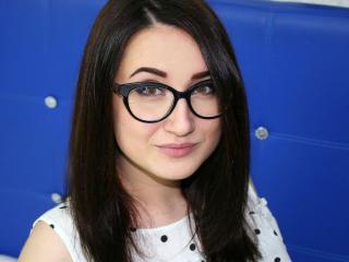 Webcam model AshleyLieV from XLoveCam