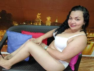 Webcam model Dalilarosc from XLoveCam
