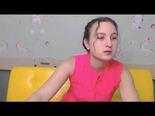 Webcam model DorothyReed from XLoveCam