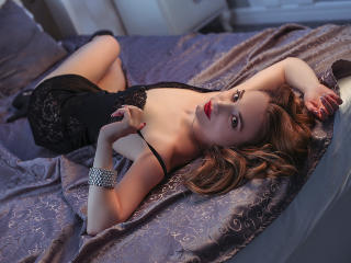 Webcam model EnchantingBailey from XLoveCam