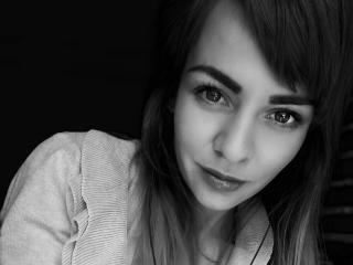 Webcam model GraceFaith from XLoveCam