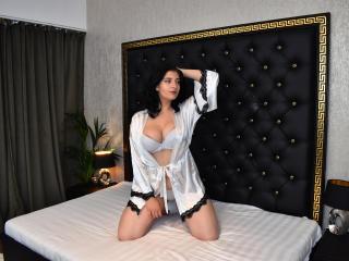 Webcam model MelissaWalker from XLoveCam