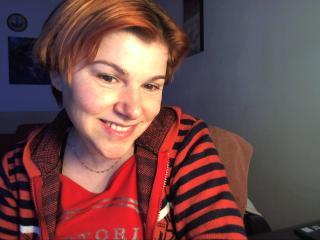 Webcam model MoiJolieMaitress from XLoveCam