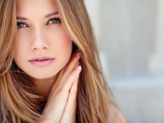 Webcam model SharonMilk from XLoveCam