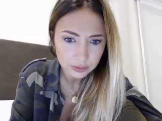 Webcam model SvetlanaAltay from XLoveCam