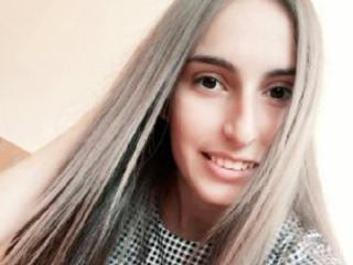 Webcam model SweetEstGirlOh from XLoveCam