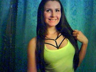 Webcam model TinaSky from XLoveCam
