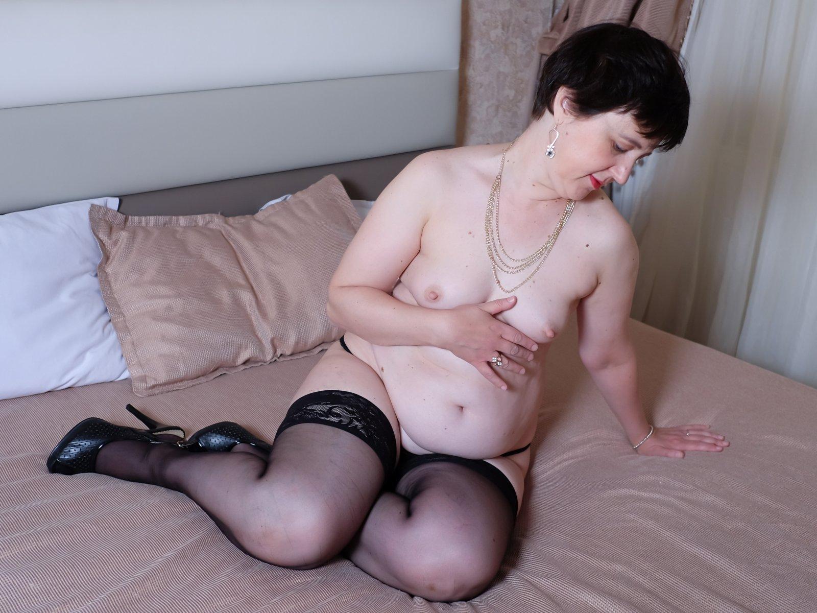 Amateur Big Tits Webcam And Asian Tits Webcam