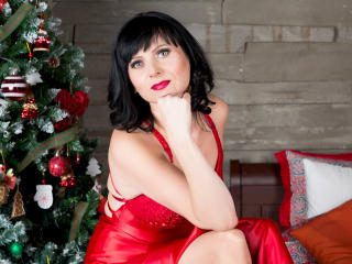 EvelinaX - Cam hot with a black hair Mature