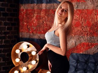 Webcam model SandyBreeze from XLoveCam