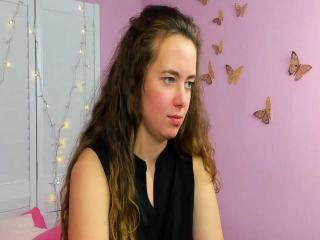 Webcam model EvaJordan from XLoveCam