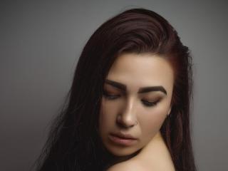 Webcam model MeganReiner from XLoveCam
